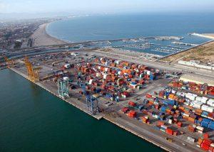 El puerto de Valencia alcanza su récord en toneladas manipuladas